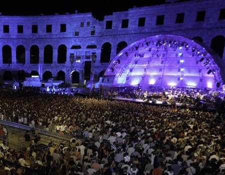 Concerts in Arena in Pula